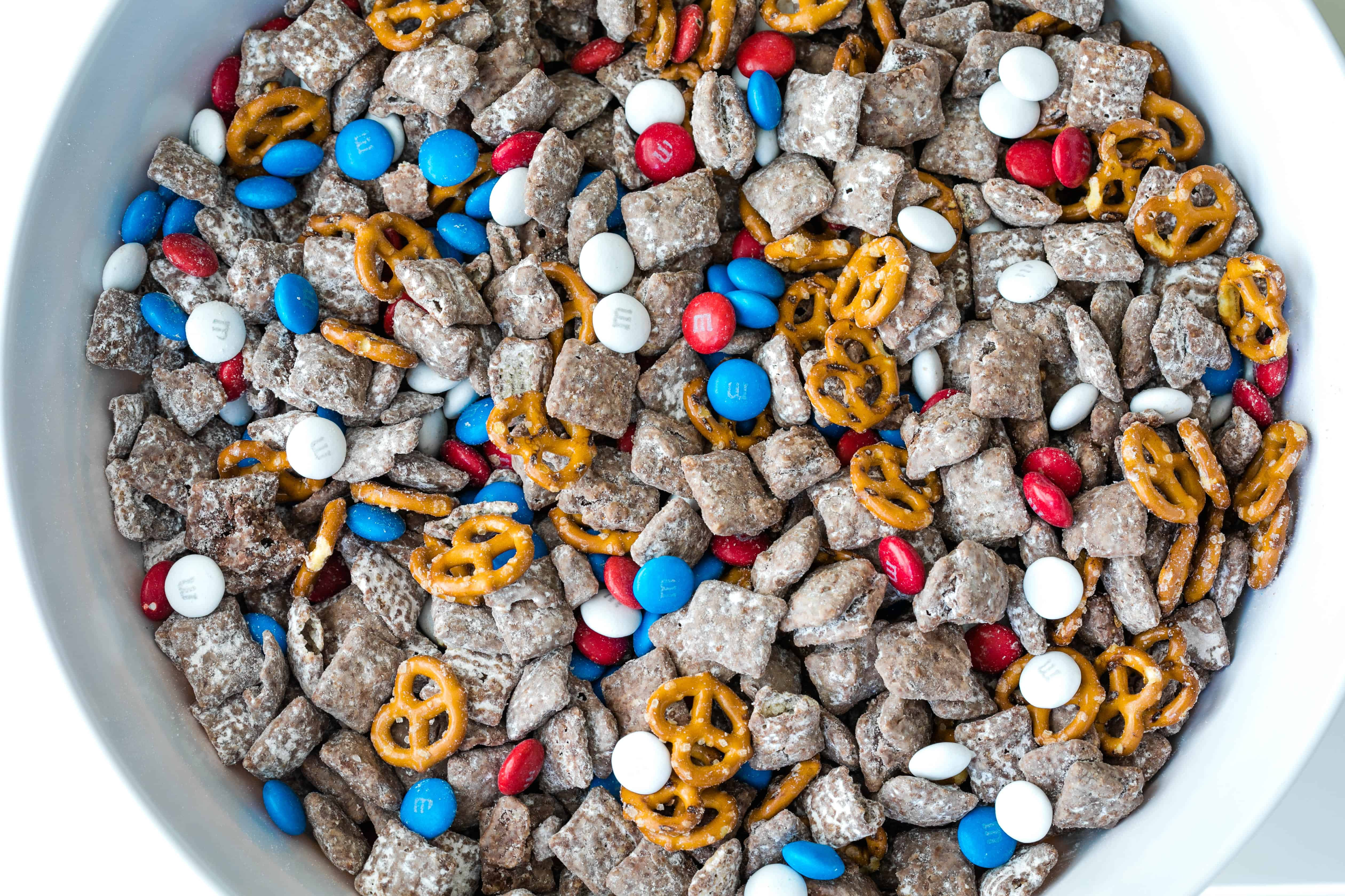 4th of July puppy chow with pretzels and m&ms