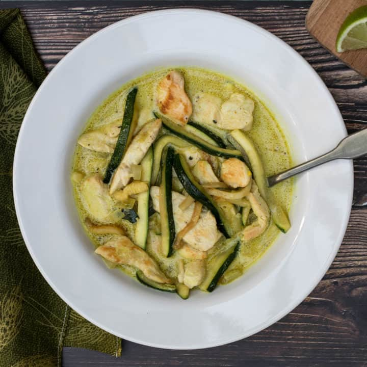 Chicken Curry with Coconut Milk and Zucchini